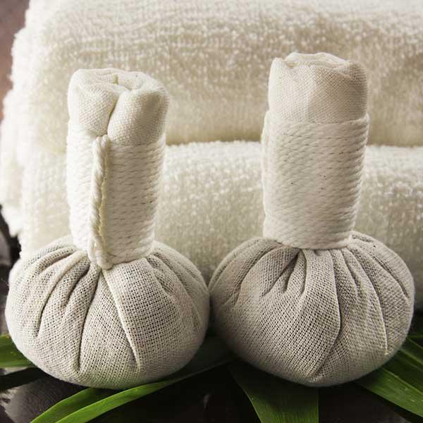 kraeuterstempel massage